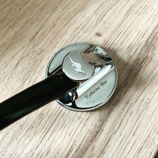 Gravur auf ein Stethoskop  #gravur #gravieren #lasergravur #stethoskop #otter