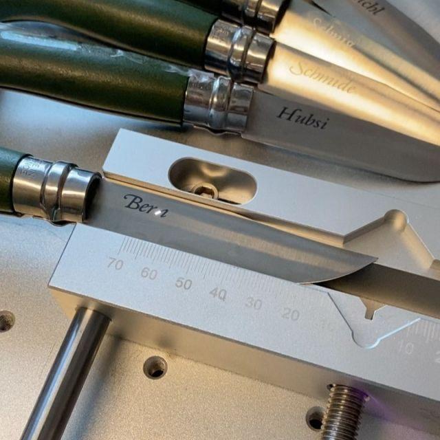 Messer mittels Lasergravur / Lasermarkierung personalisieren.  #messer #personalisiert #gravur #lasergravur #gravieren #lasermarkierung #lasermarking
